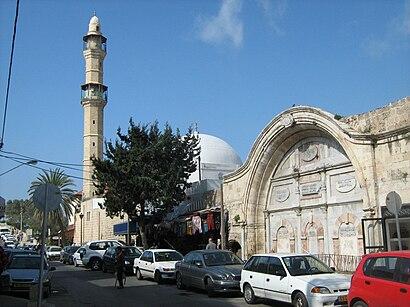 איך מגיעים באמצעות תחבורה ציבורית  למסגד מחמודיה? - מידע על המקום