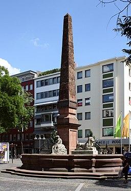 Mainz Neuer Brunnen Neubrunnenplatz 20100611
