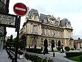 Mairie Hotel de Ville Neuilly sur seine - panoramio.jpg