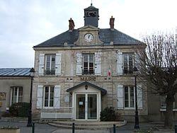 Mairie Leuville 2010 YF 7995.JPG