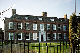 Malling House - Image: Malling House, Lewes (geograph 3375033)