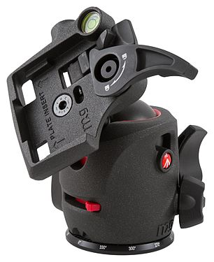 Manfrotto MH054M0-Q2 magnesium ball head.jpg