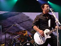 Manic Street Preachers in Brighton2004-3.jpg