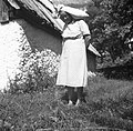 Marija Domevšček s hčerko Marijo, Soča 1952.jpg