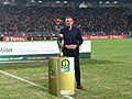 Mark Fish avec le trophée de la Ligue des Champions de la CAF.jpg