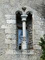 Mauléon-Barousse château fenêtre.jpg