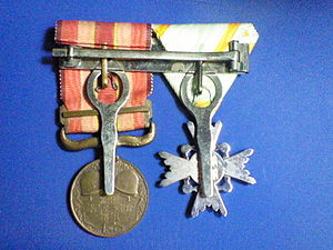 Medal Rack of Imperial Japan-045.JPG