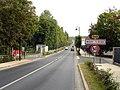 Mery-sur-Oise - Avenue Marcel-Perrin 01.jpg
