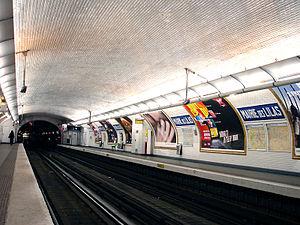 Mairie des Lilas (Paris Métro) - Image: Metro de Paris Ligne 11 Mairie des Lilas 01