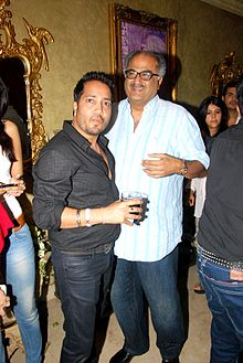 Mika Singh, Boney Kapoor at Mika's birthday bash hosted by Kiran Bawa 07.jpg