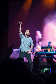 Mike Shinoda at Soundwave 2013 (2).jpg