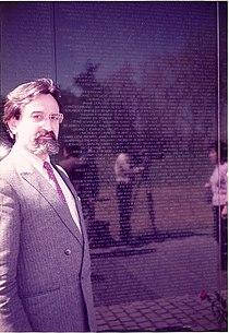 Mirko vidovic vietnam memorial washington.jpg