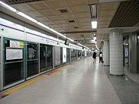 Mok-dong Stn. Platform.jpg