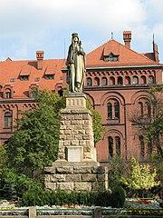 Pomnik św. Jadwigi Śląskiej w Panewnikach