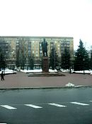 Monument to Mikhail Kalinin in Minsk.jpg