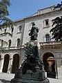 Monumento a Pietro Vannucci, il Perugino, di Enrico Quattrini, Perugia.jpg