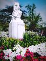 Monumento a la madre..png