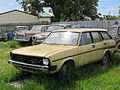 Morris 1700 Estate + rusty friends (9261738408).jpg