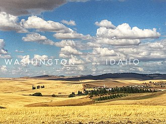 Moscow, Idaho - Moscow, Idaho (right) along the state border of Washington.