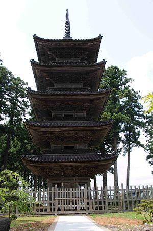 Sado, Niigata - Image: Myosenji 5juno Tou 20100710