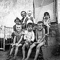 Nő és hat gyerek, 1965 Fortepan 59513.jpg