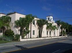 Hacienda hotel wikipedia for Exterior design wiki