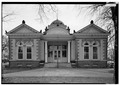 NORTH (FRONT) FACADE, LOOKING SOUTH - Carnegie Free Library, 300 East South Street, Union, Union County, SC HABS SC,44-UNI,1-1.tif