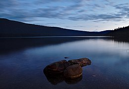 Nautical twilight over Indianpoint Lake from Campsite 6 at Bowron Lake Provincial Park, BC (DSCF2198).jpg