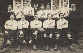 Reinier Beeuwkes - 1905 Dutch team with Beeuwkes left on the front row
