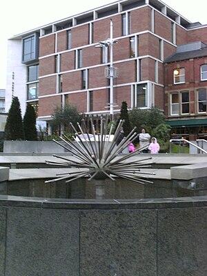 Millennium Square, Leeds - Image: Nelson Mandela Gardens