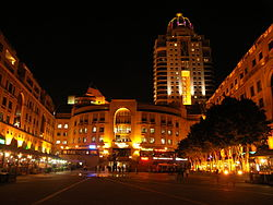 Nelson Mandela Square at night-001