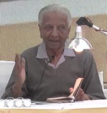 Niranjan Bhagat Gujarati writer (cropped).png