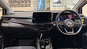 Nissan Note e-POWER E13 (interior).jpg
