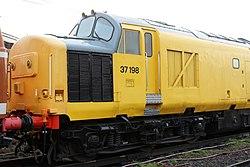 No.37198 (Class 37) (6778763879) (2).jpg
