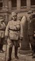 Norton de Matos visita Les Invalides - Portugal na Guerra (15 Set. 1917).png