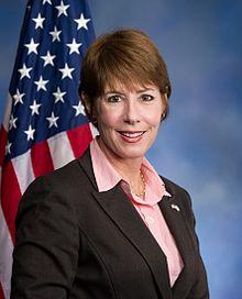 Official Congressional Portrait of Gwen Graham (FL-02).jpg