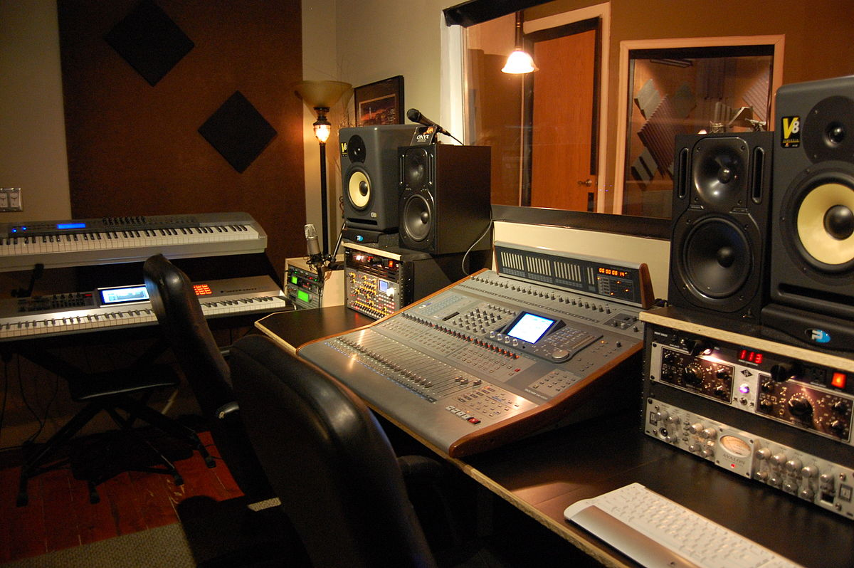 Студия озвучки AUDIO IDEA