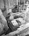 Opgraving in zuid-oost zijde, kooromgang - Arnhem - 20024571 - RCE.jpg
