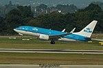 PH-BGW Boeing B737-7K2-W B737 - KLM (29878703361).jpg