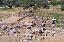 Palace of Zakros ruins.jpg