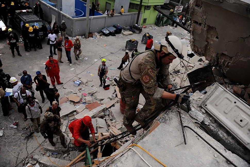 Pararescue in Haiti 2010