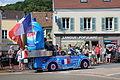 Passage de la caravane du Tour de France 2013 à Saint-Rémy-lès-Chevreuse 044.jpg