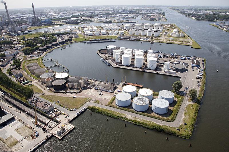 File:Petroleumhaven Amsterdam Netherlands.jpg