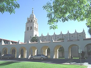 Phoenix metropolitan area arterial roads - The Brophy College Chapel