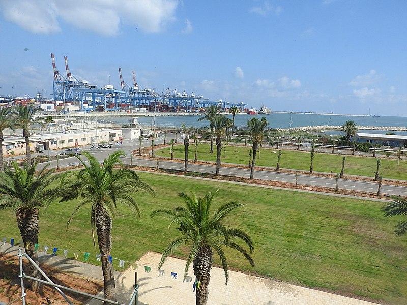 תחנת הכח בחיפה
