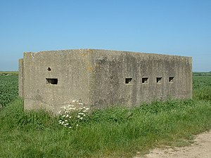 Pillbox (military) - Image: Pillbox Lozenge, Atwick (front)
