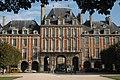 Place des Vosges 1, Paris 24 September 2009.jpg