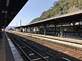 Platform of Hitoyoshi Station 3.jpg