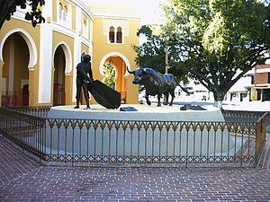 Plaza César Girón