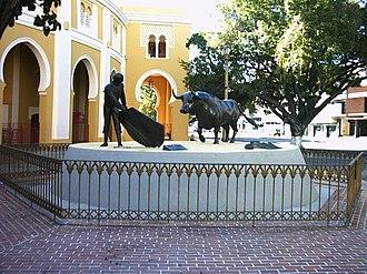 "Carlos Raúl Villanueva - ""La Maestranza"" Bullring"